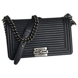 Chanel-Medium Boy Flap Bag w/card-Navy blue,Dark blue