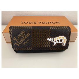 Louis Vuitton-Purses, wallets, cases-Brown,Multiple colors