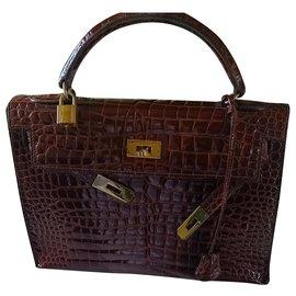 Hermès-Birkin 32-Dark brown