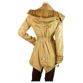 Burberry-Burberry Camel Polyamide Raincoat Mac Belted Trench Jacket Coat size US4, UK6-Hazelnut