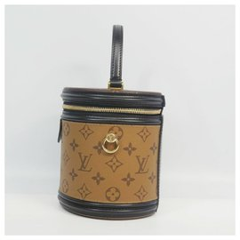 Louis Vuitton-LOUIS VUITTON Cannes Womens handbag M43986-Other