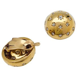 inconnue-Half-sphere earrings in yellow gold and diamonds.-Other