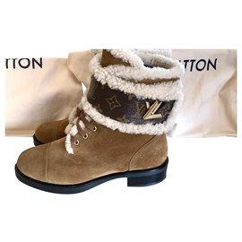 Louis Vuitton-Wonderland-Beige