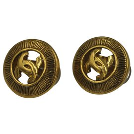 Chanel-Chanel 1990's earing-Gold hardware