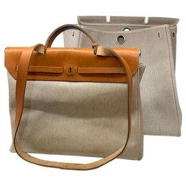 Hermès-Hermès toile blanche MM sac cartable-Marron,Blanc