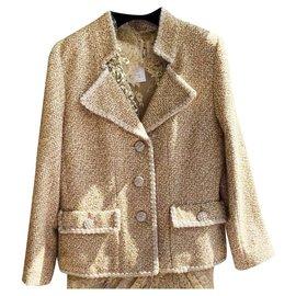Chanel-Jaqueta de tweed metálico Paris-Versailles-Dourado