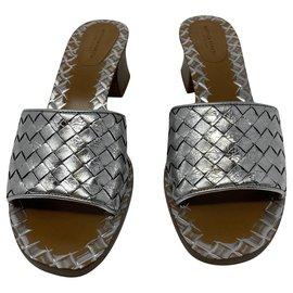 Bottega Veneta-Woven sandals-Silvery