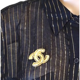 Chanel-Chanel Gold CC Quilted Brooch-Golden