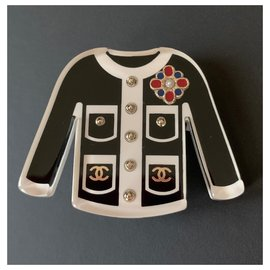 Chanel-Chanel Black/White Resin Classic Jacket Brooch Pin-Black