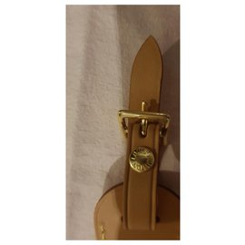 Louis Vuitton-Charmes de sac-Beige