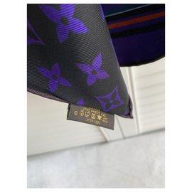 Louis Vuitton-Foulards de soie-Noir,Violet