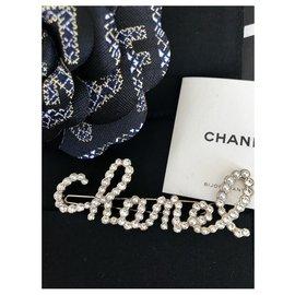 Chanel-Hair clip Chanel script-Silver hardware