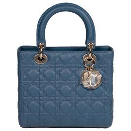 Christian Dior-Christian Dior model Lady Dior MM bag in blue cannage leather with shoulder strap , Garniture en métal argenté-Blue