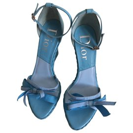 Dior-Des sandales-Bleu clair