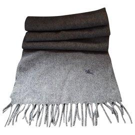 Burberry-Men Scarves-Grey