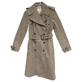 Burberry-burberry london t trench coat 36-Khaki