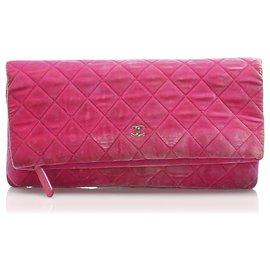 Chanel-Chanel Pink Matelasse Velour Clutch Bag-Pink