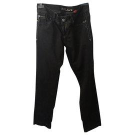Guess-jeans-Noir
