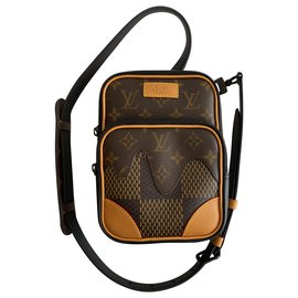 Louis Vuitton-Amazon Sling-Brown