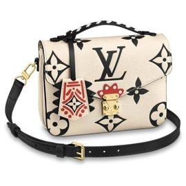 Louis Vuitton-Charmes de sac-Crème