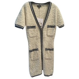Chanel-Robe Chanel neuve-Beige