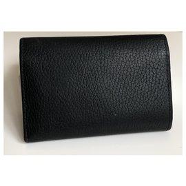 Louis Vuitton-CAPUCINES-Black