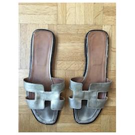 Hermès-Hermès sandals-Golden
