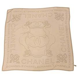 Chanel-Foulards de soie-Blanc