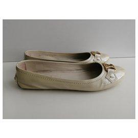 Louis Vuitton-Ballet flats-Beige