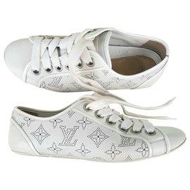 Louis Vuitton-LOUIS VUITTON Mahina sneakers-White