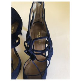 Aquazzura-Heels-Navy blue