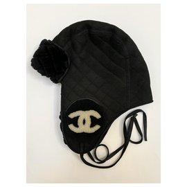 Chanel-Chapeau aviateur en peau de mouton noir Chanel-Noir,Blanc