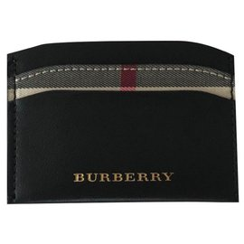 Burberry-Burberry Black Leather Card Holder-Black