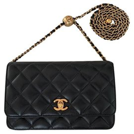 Chanel-wallet on chain 2020-Black