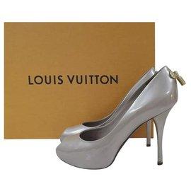 Louis Vuitton-Louis Vuitton  Beige Patent Leather Oh Really! Peep Toe Pumps Sz. 37-Beige