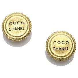 Chanel-Chanel Gold Round Clip-on Earrings-Golden