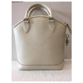 Louis Vuitton-Vertical lockit-White