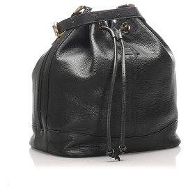 Burberry-Burberry Black Leather Bucket Bag-Black