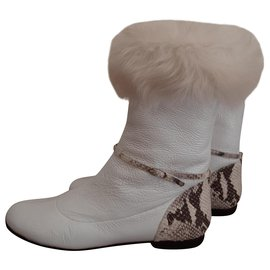Giuseppe Zanotti-Leather boots with fur.-White
