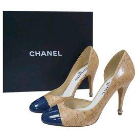 Chanel-Escarpins en cuir verni Chanel Talons Chaussures Sz 39-Multicolore