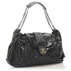 Chanel-Chanel Black Accordion Bindi Stingray Trim Shoulder Bag-Black