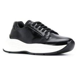 Prada-Baskets noires à lacets Prada-Noir,Blanc