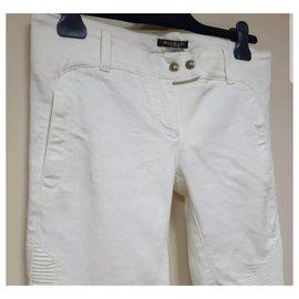 Balmain-Balmain Blanc Flare Button Jeans taille 40-Blanc