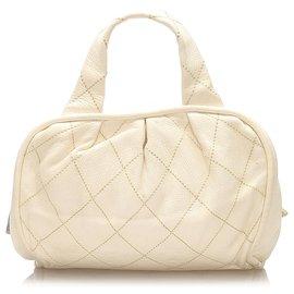 Chanel-Sac à main Chanel en cuir blanc CC Wild Stitch-Blanc