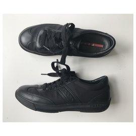 Prada-Baskets basses-Noir