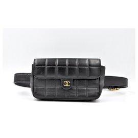 Chanel-Sac ceinture Chanel en cuir matelassé noir 2002-Noir