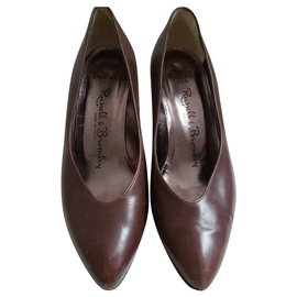 Russell & Bromley-Pancalli pour Russell et Bromley-Marron,Chataigne