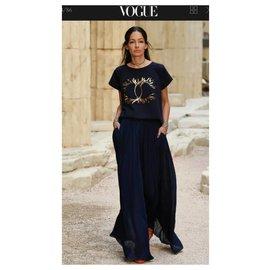 Chanel-Chanel 2018 Black CC Logo T-Shirt  Sz S 36-Black