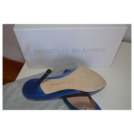Manolo Blahnik-Pompes Manolo Blahnik Hangisi NOUVEAU 105 MM. 39 UE-Bleu