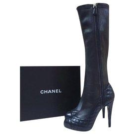 Chanel-Chanel Matelasse CC Logo Bottes En Cuir Noir Sz.38-Noir